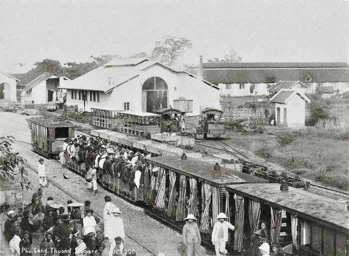 Ga Phủ Lạng Thương khoảng năm 1900.